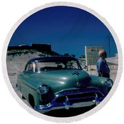 Miracle Mile Oldsmobile Round Beach Towel