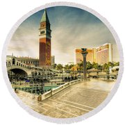 Mirage And The Venitian  Round Beach Towel