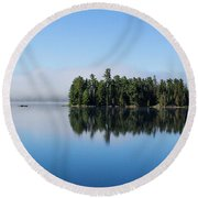 Mist On Lake Of Two Rivers Round Beach Towel