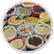 Mixed Spices In Market Of Cairo Egypt Round Beach Towel