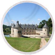 Moated Palace - Bussy-rabutin Round Beach Towel