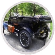 Model T With Luggage Rack Round Beach Towel