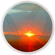 Mohave Sunset In Golden Valley Round Beach Towel