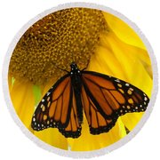 Monarch And Sunflower Round Beach Towel