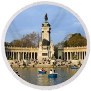 Monument And Lake In Retiro Park In Madrid Round Beach Towel