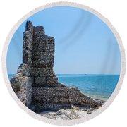 Monument Ruins Round Beach Towel