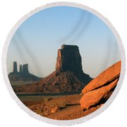 Monument Valley Afternoon Round Beach Towel