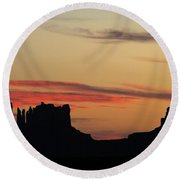 Monument Valley Sunset 1 Round Beach Towel