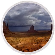 Monuments Of The West Round Beach Towel