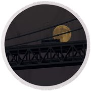 Moon Bridge Bus Round Beach Towel