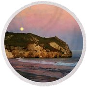 Moonrise At Avila Beach Round Beach Towel