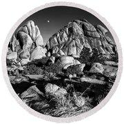 Moonrise Over Joshua Tree Round Beach Towel