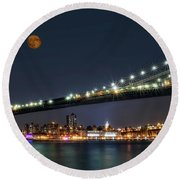 Moonrise Over Manhattan Round Beach Towel