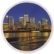 Moonrise Over River Thames Flowing Past Canary Wharf Round Beach Towel