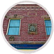 Moore Block-1896 With Gargoyle-like Features In Pipestone-minnesota  Round Beach Towel