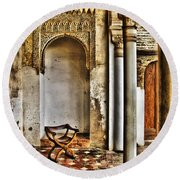 Moorish Chair And Alcove At The Alhambra Round Beach Towel