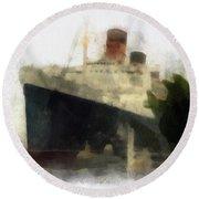 Morning Fog Queen Mary Ocean Liner 01 Photo Art 01 Round Beach Towel