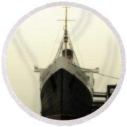 Morning Fog Queen Mary Ocean Liner Bow 02 Long Beach Ca Round Beach Towel