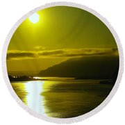 Morning On The Columbia River Round Beach Towel