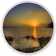 Morning Sun Rising In The Grand Caymans Round Beach Towel by Dan Friend
