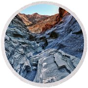 Mosaic Canyon In Death Valley Round Beach Towel