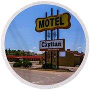 Motel Capitan Round Beach Towel