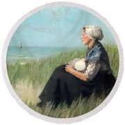 Mother In The Dunes Round Beach Towel