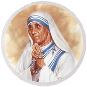 Mother Teresa Round Beach Towel