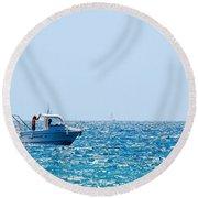 Motorboat Round Beach Towel