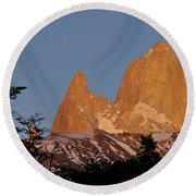Mount Fitz Roy At Sunrise Round Beach Towel