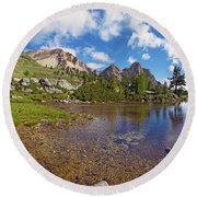 Mountain Lake In The Dolomites Round Beach Towel