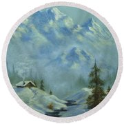 Mountain View With Creek Round Beach Towel