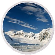 Mountains And Glaciers, Paradise Bay Round Beach Towel