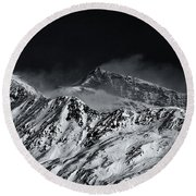 Mountainscape N. 5 Round Beach Towel
