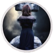 Mourning Round Beach Towel