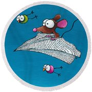 Mouse In His Paper Aeroplane Round Beach Towel