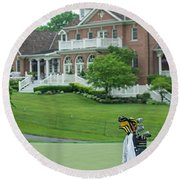 D12w-289 Golf Bag At Muirfield Village Round Beach Towel