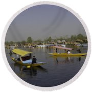 Multiple Number Of Shikaras On The Water Of The Dal Lake In Srinagar Round Beach Towel