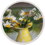 Narcissus In The Vase Round Beach Towel