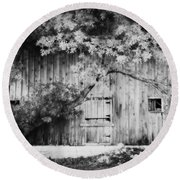Natures Awning Bw Round Beach Towel