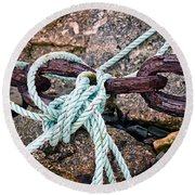 Nautical Lines And Rusty Chains Round Beach Towel