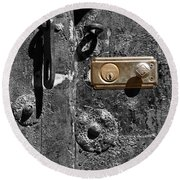 New Lock On Old Door 1 Round Beach Towel