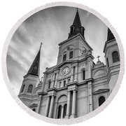 New Orleans St Louis Cathedral Bw Round Beach Towel
