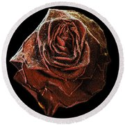Perfect Gothic Red Rose Round Beach Towel