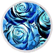 Pop Art Blue Roses Round Beach Towel