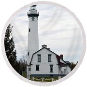 New Presque Isle Lighthouse Round Beach Towel