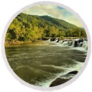 New River Landscape Round Beach Towel