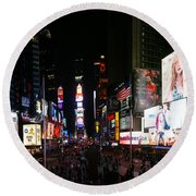 New York - Broadway And Times Square Round Beach Towel