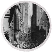 New York Curb Market, 1918 Round Beach Towel