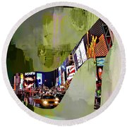 New York In A Shoe Round Beach Towel